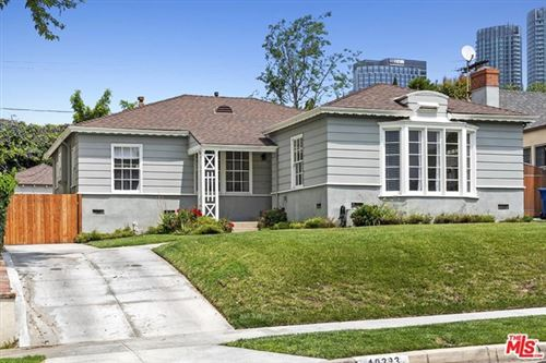 Photo of 10323 Tennessee Avenue, Los Angeles, CA 90064 (MLS # 21734450)