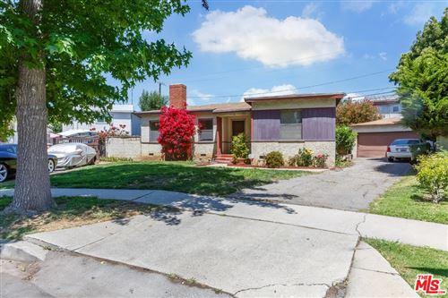 Photo of 3035 S Bentley Avenue, Los Angeles, CA 90034 (MLS # 21745450)
