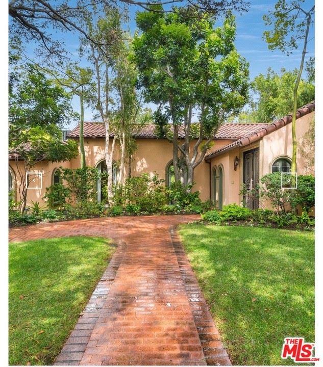 Photo of 616 N Maple Drive, Beverly Hills, CA 90210 (MLS # 21764450)