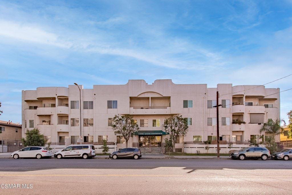 Photo of 6828 Laurel Canyon Boulevard #109, North Hollywood, CA 91605 (MLS # 221005450)