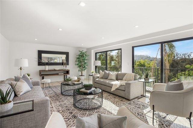 Photo of 3236 Primera Avenue, Hollywood Hills, CA 90068 (MLS # SR21077450)