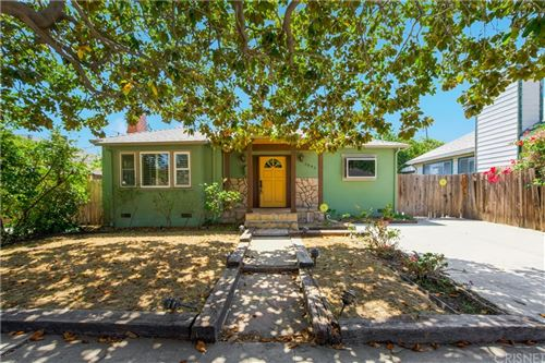 Photo of 3843 Minerva Avenue, Los Angeles, CA 90066 (MLS # SR21185452)