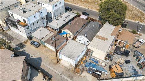 Tiny photo for 5621 Whitnall, North Hollywood, CA 91601 (MLS # SR21212452)