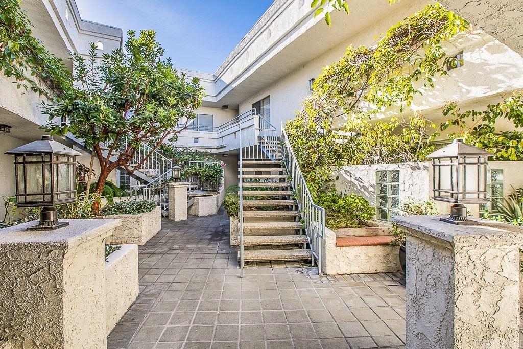 1741 Granville Avenue #104, Los Angeles, CA 90025 - MLS#: SR21146452