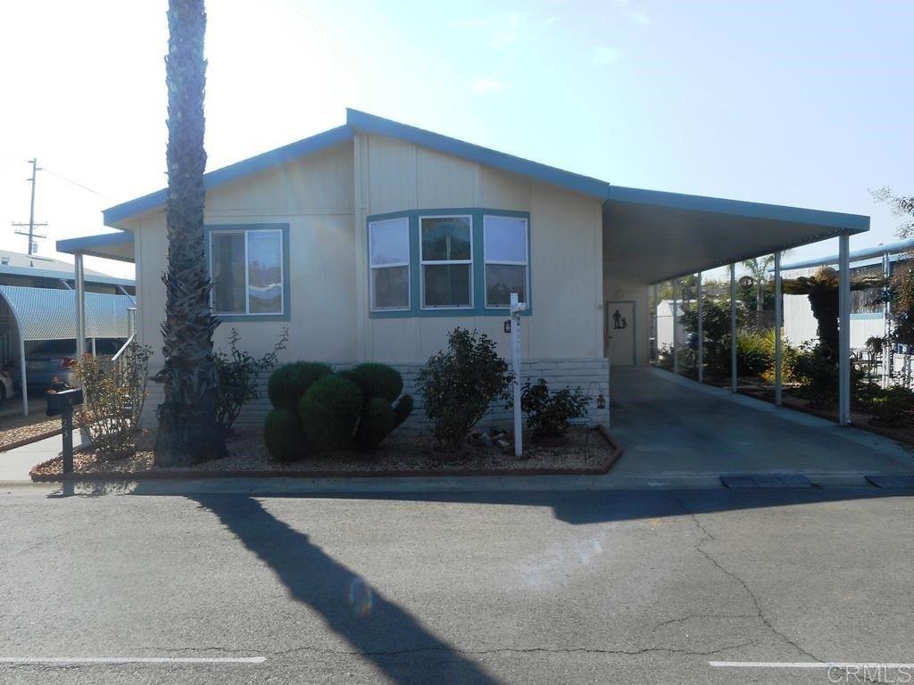 2300 E Valley Parkway #23, Escondido, CA 92027 - MLS#: NDP2110453