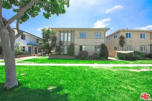 Photo of 3201 S Barrington Avenue, Los Angeles, CA 90066 (MLS # 21747454)