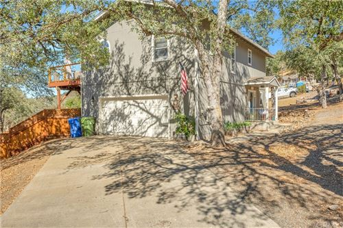 Photo of 17283 Meadow View Drive, Hidden Valley Lake, CA 95467 (MLS # LC21229454)
