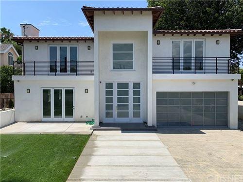 Photo of 5655 Donna Avenue, Tarzana, CA 91356 (MLS # SR19188454)