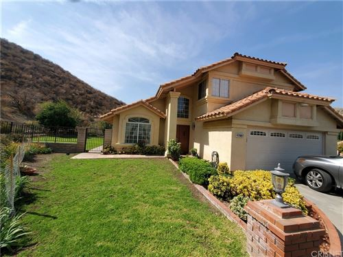 Photo of 28778 Kathleen Avenue, Saugus, CA 91390 (MLS # SR21218454)