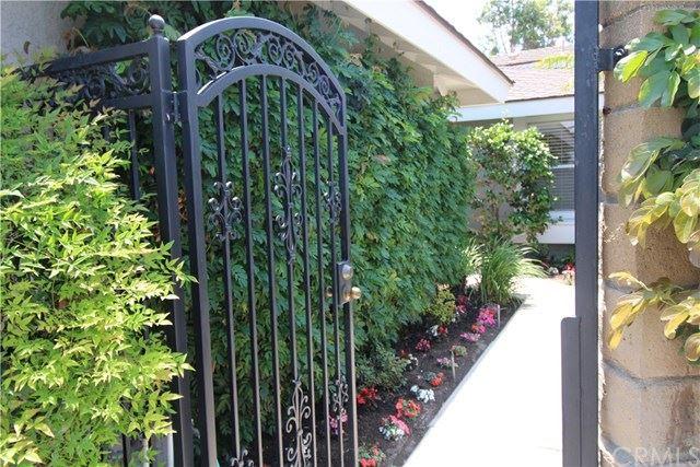 2103 Barclay Court, Santa Ana, CA 92701 - MLS#: PW20123454