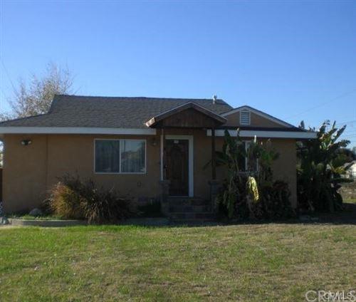 Photo of 5373 N Roxburgh Avenue, Azusa, CA 91702 (MLS # CV20242455)