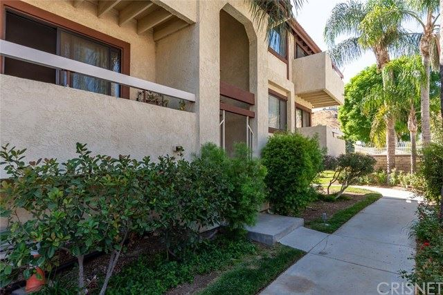 Photo for 18146 Sundowner Way #1173, Canyon Country, CA 91387 (MLS # SR20203455)