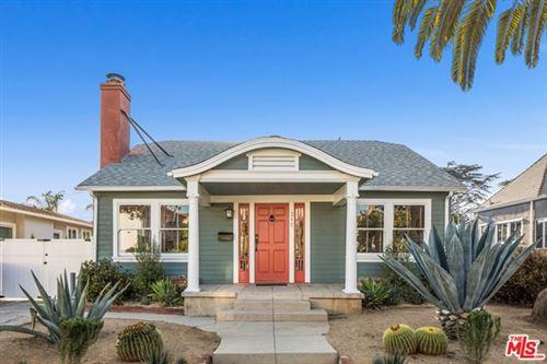 Photo of 317 N Norton Avenue, Los Angeles, CA 90004 (MLS # 21714456)