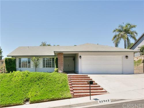 Photo of 22942 Garzota Drive, Valencia, CA 91354 (MLS # SR20134456)