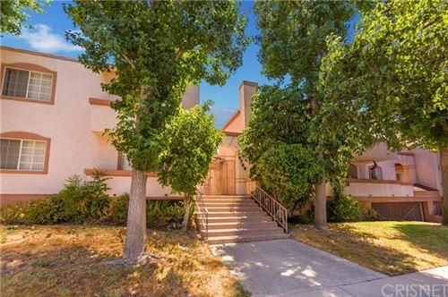 Photo of 8744 Darby Avenue #4, Northridge, CA 91325 (MLS # SR20139456)
