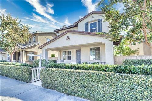Photo of 157 W Arbor Court, Covina, CA 91723 (MLS # AR21227457)