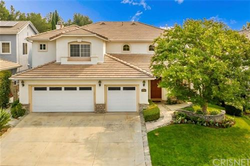 Photo of 27314 Weathersfield Drive, Valencia, CA 91354 (MLS # SR20186457)