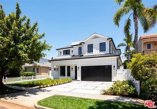 Photo of 16021 NORTHFIELD Street, Pacific Palisades, CA 90272 (MLS # 20573458)