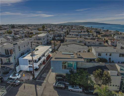 Photo of 3316 Vista Dr, Manhattan Beach, CA 90266 (MLS # SB21065458)