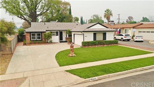 Photo of 11201 Gloria Avenue, Granada Hills, CA 91344 (MLS # SR20191458)