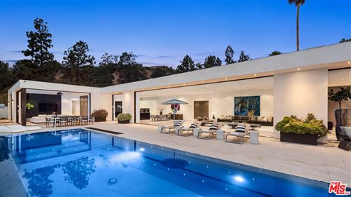 Photo of 1220 Loma Vista Drive, Beverly Hills, CA 90210 (MLS # 21752460)