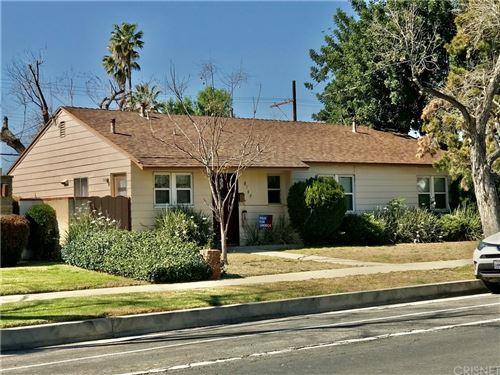Photo of 8109 White Oak Avenue, Reseda, CA 91335 (MLS # SR21235461)