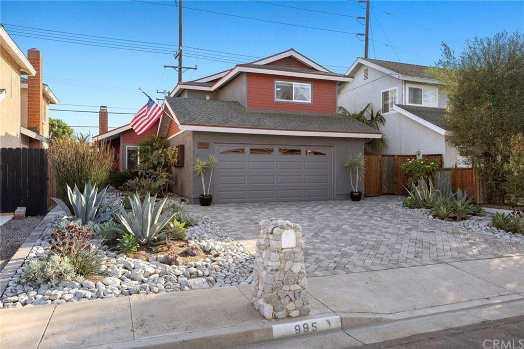 Photo of 995 Modjeska Circle, Costa Mesa, CA 92627 (MLS # OC21225461)