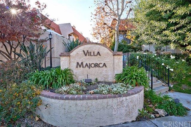 Photo of 6227 Nita Avenue, Woodland Hills, CA 91367 (MLS # SR20199461)