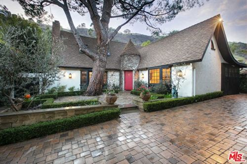 Photo of 1757 Franklin Canyon Drive, Beverly Hills, CA 90210 (MLS # 21681462)