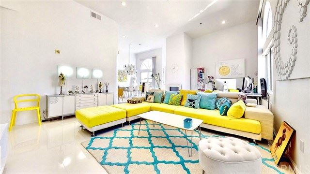 840 N Croft Avenue #PH301, Los Angeles, CA 90069 - MLS#: TR20241462