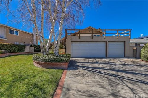 Photo of 25561 Mountain Pass Road, Newhall, CA 91321 (MLS # SR21025464)
