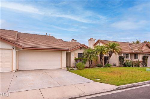 Photo of 985 Elmhurst Lane, Fillmore, CA 93015 (MLS # V1-8464)