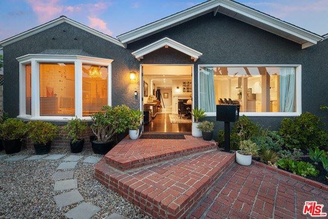 Photo of 11587 Hortense Street, Valley Village, CA 91602 (MLS # 21716464)
