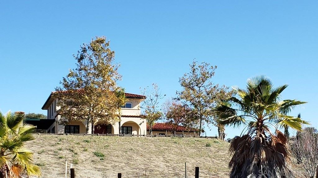 Photo of 118 26th Street, Manhattan Beach, CA 90266 (MLS # 220000464)