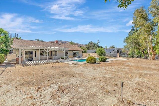 Photo of 12152 Mission Ridge Way, Granada Hills, CA 91344 (MLS # SR21130464)