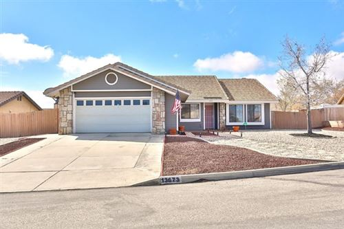 Photo of 13673 Fuente Lane, Hesperia, CA 92344 (MLS # 523466)