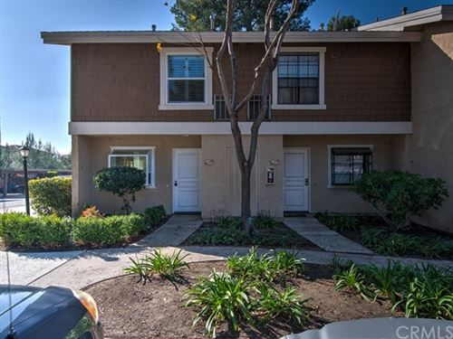Photo of 229 Pineview, Irvine, CA 92620 (MLS # OC20001466)