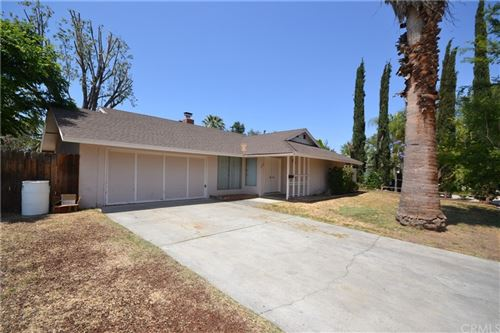 Photo of 8525 Crystal Avenue, Riverside, CA 92504 (MLS # OC21122466)