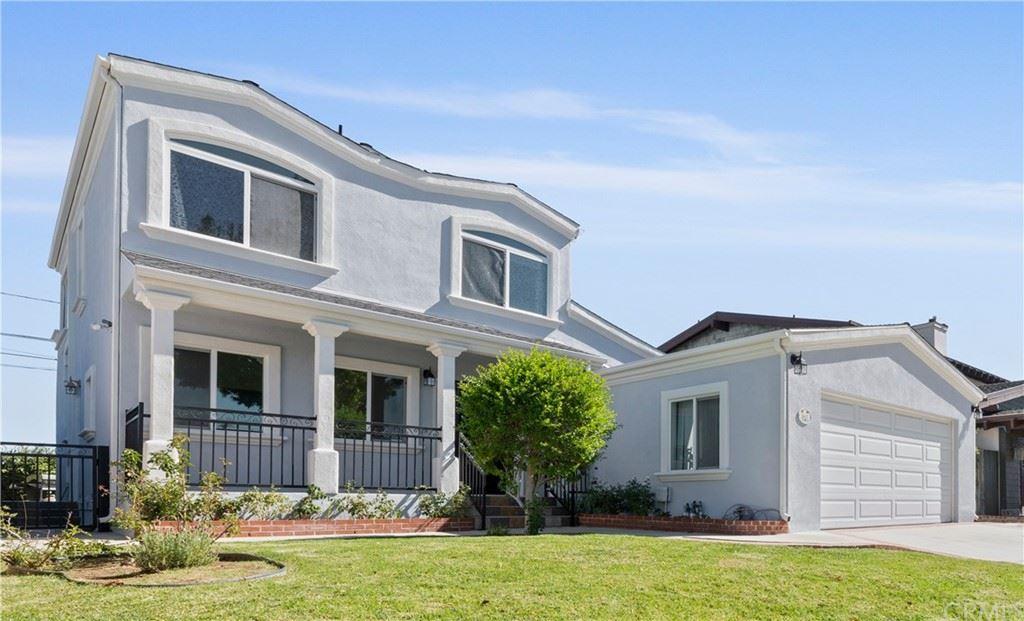 Photo for 2647 Grand Summit Road, Torrance, CA 90505 (MLS # SB21221466)