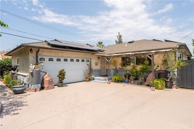 Photo of 10614 Amestoy Avenue, Granada Hills, CA 91344 (MLS # SR21135466)