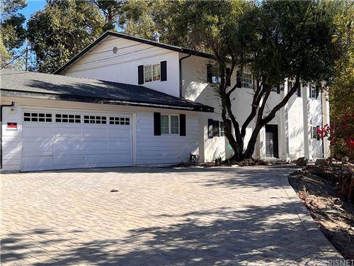 Photo of 20139 Delita Drive, Woodland Hills, CA 91364 (MLS # SR21230467)