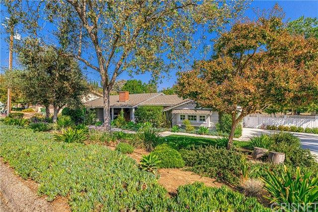 Photo of 728 Rosario Drive, Thousand Oaks, CA 91362 (MLS # SR20223467)