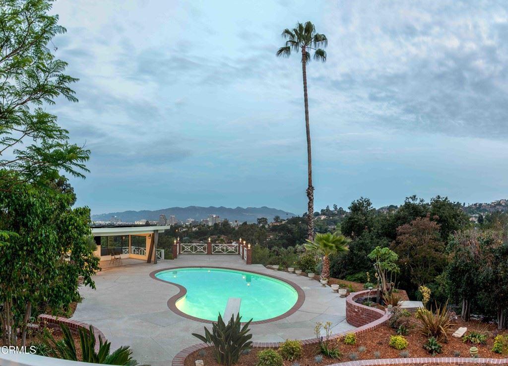 Photo of 1521 Roca Drive, Glendale, CA 91207 (MLS # V1-7467)