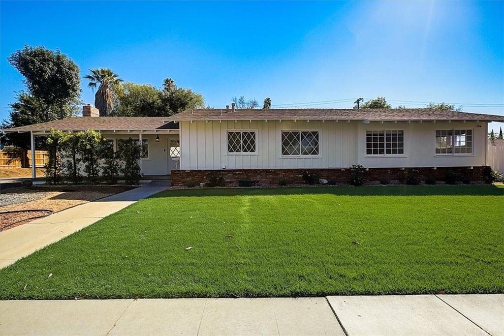 2464 Central Avenue, Riverside, CA 92506 - MLS#: EV21227468
