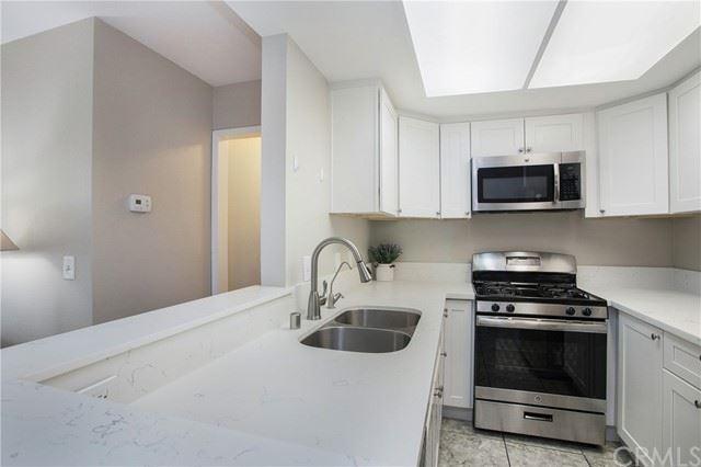700 W 3rd Street #B212, Santa Ana, CA 92701 - MLS#: OC21100468