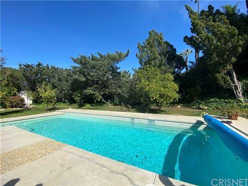 Tiny photo for 16200 Dorilee Lane, Encino, CA 91436 (MLS # SR20052469)