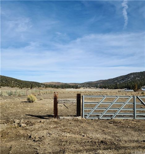 Photo of 920 G Lane, Big Bear, CA 92314 (MLS # IV21026470)