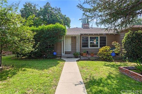 Photo of 13316 Oxnard Street, Valley Glen, CA 91401 (MLS # SR20227470)