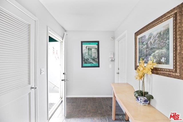 Photo of 2448 Holly Drive, Los Angeles, CA 90068 (MLS # 20652470)