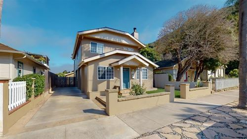 Photo of 637 W De La Guerra Street, Santa Barbara, CA 93101 (MLS # 220006471)